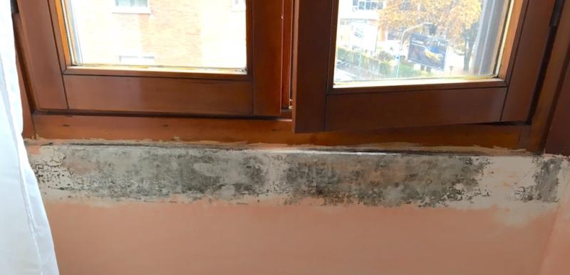 Il ponte termico della soglia in marmo passante causa muffa e condensa - Ponte termico finestra ...